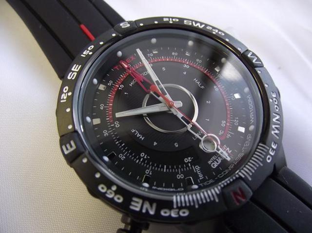 Timex T2N720DH noir quartz