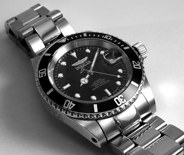 Invicta 9937 noir automatique ronde