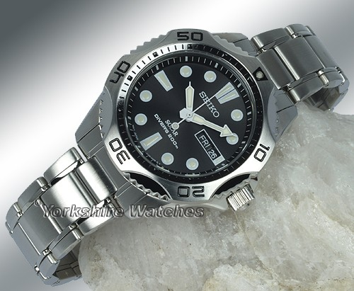 Seiko SNE107P1 acier noir quartz